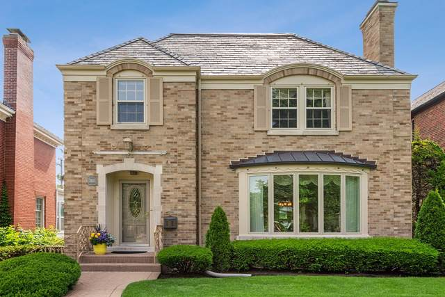 1431 Bonnie Brae Place, River Forest, IL 60305 (MLS #10492040) :: Berkshire Hathaway HomeServices Snyder Real Estate