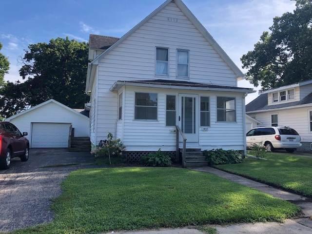 302 E 9th Street, Rock Falls, IL 61071 (MLS #10492260) :: Angela Walker Homes Real Estate Group