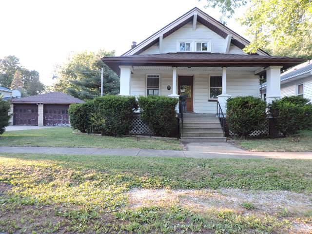 309 E Clay Street, CLINTON, IL 61727 (MLS #10492529) :: Berkshire Hathaway HomeServices Snyder Real Estate