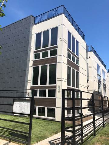 6135 N Ravenswood Avenue #2, Chicago, IL 60660 (MLS #10492631) :: The Wexler Group at Keller Williams Preferred Realty