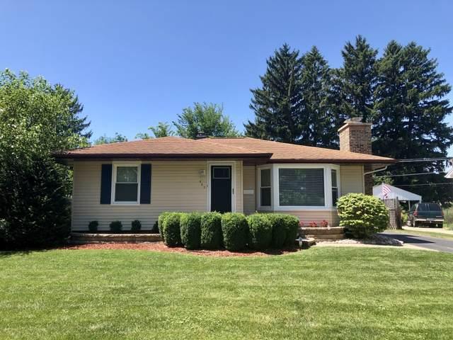 327 Garfield Avenue, Libertyville, IL 60048 (MLS #10492641) :: Berkshire Hathaway HomeServices Snyder Real Estate