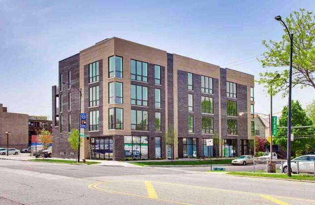 2403 W Berenice Avenue #301, Chicago, IL 60618 (MLS #10492688) :: Berkshire Hathaway HomeServices Snyder Real Estate