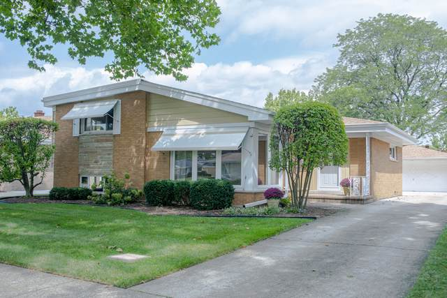 10656 Wakefield Street, Westchester, IL 60154 (MLS #10492705) :: Angela Walker Homes Real Estate Group
