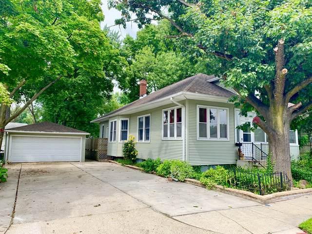 1813 Columbus Street, Ottawa, IL 61350 (MLS #10492709) :: Berkshire Hathaway HomeServices Snyder Real Estate