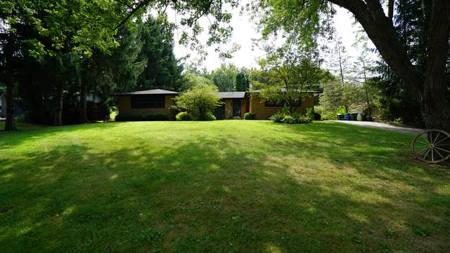 921 Willow Lane, Sleepy Hollow, IL 60118 (MLS #10492727) :: Berkshire Hathaway HomeServices Snyder Real Estate