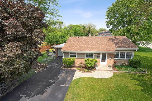 1046 Longaker Road, Northbrook, IL 60062 (MLS #10492916) :: Property Consultants Realty