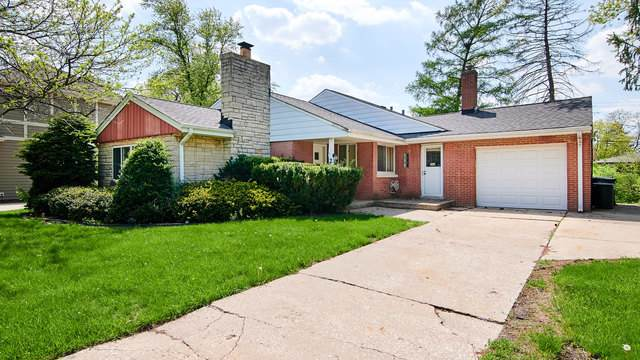 242 Kings Court, La Grange Park, IL 60526 (MLS #10492959) :: Berkshire Hathaway HomeServices Snyder Real Estate