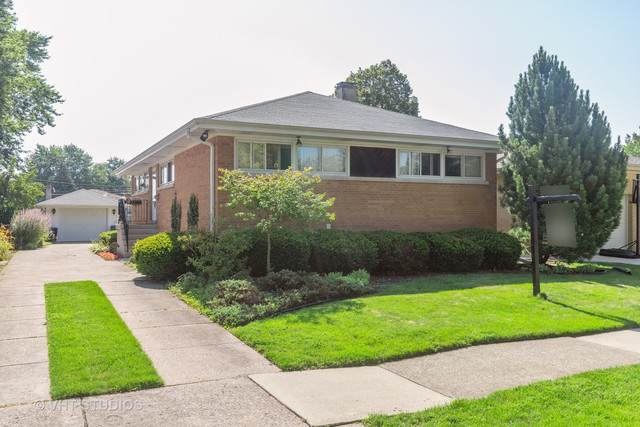 2635 Sunnyside Avenue, Westchester, IL 60154 (MLS #10493001) :: Angela Walker Homes Real Estate Group