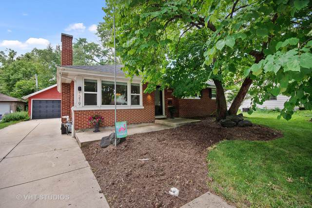 1219 N Eagle Street, Naperville, IL 60563 (MLS #10493202) :: Property Consultants Realty