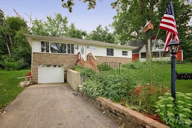3216 E Lake Shore Drive, Wonder Lake, IL 60097 (MLS #10493261) :: Property Consultants Realty
