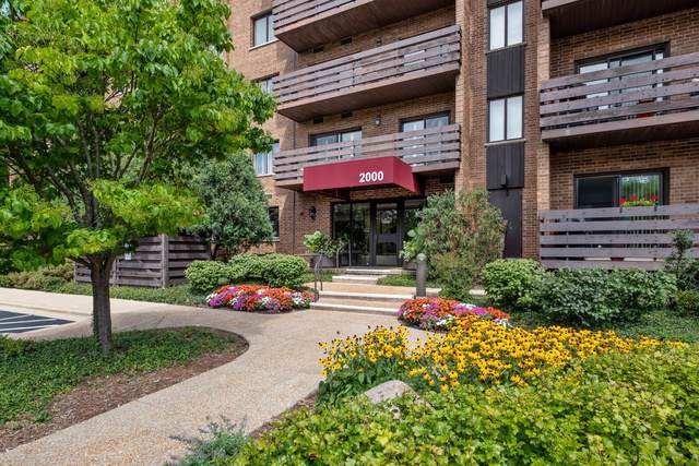 2000 Chestnut Avenue #310, Glenview, IL 60025 (MLS #10493449) :: Property Consultants Realty