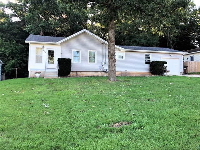 332 Oak Street, Belvidere, IL 61008 (MLS #10493470) :: Angela Walker Homes Real Estate Group