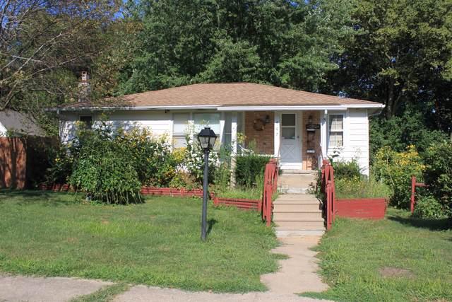 407 Avenue E, Rock Falls, IL 61071 (MLS #10493713) :: Angela Walker Homes Real Estate Group
