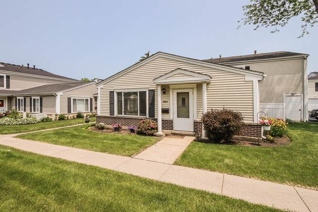 1461 Quaker Lane 119A, Prospect Heights, IL 60070 (MLS #10493836) :: Berkshire Hathaway HomeServices Snyder Real Estate