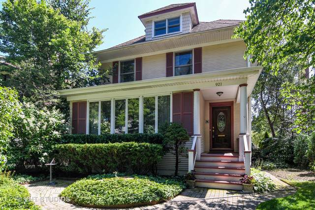 921 Greenwood Avenue, Wilmette, IL 60091 (MLS #10493843) :: Berkshire Hathaway HomeServices Snyder Real Estate