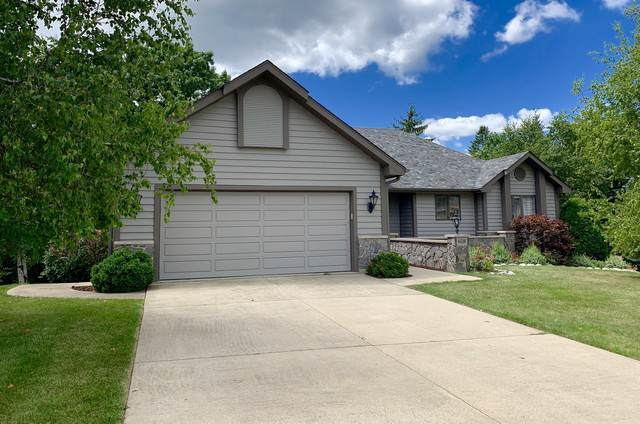 608 Edelweiss Drive, Antioch, IL 60002 (MLS #10493878) :: Berkshire Hathaway HomeServices Snyder Real Estate
