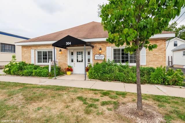 304 Hager Avenue, Barrington, IL 60010 (MLS #10493981) :: Ryan Dallas Real Estate