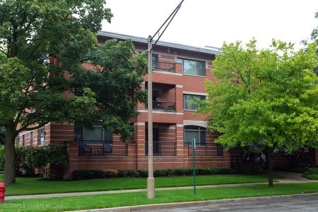 1120 W Thomas Street #105, Oak Park, IL 60302 (MLS #10494000) :: Angela Walker Homes Real Estate Group