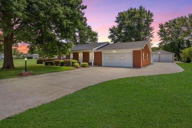 401 W Jefferson Street, PESOTUM, IL 61863 (MLS #10494017) :: Berkshire Hathaway HomeServices Snyder Real Estate