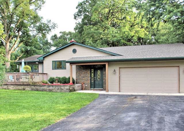 1128 Holiday Drive, Lake Holiday, IL 60552 (MLS #10494210) :: Property Consultants Realty