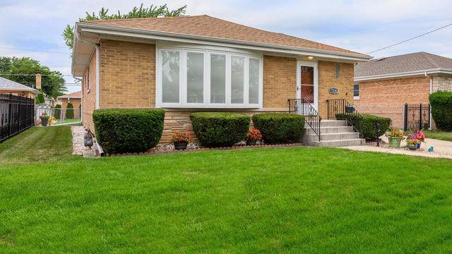 7338 W Breen Street, Niles, IL 60714 (MLS #10494512) :: Berkshire Hathaway HomeServices Snyder Real Estate