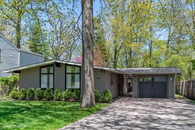 670 Green Briar Lane, Lake Forest, IL 60045 (MLS #10494567) :: Berkshire Hathaway HomeServices Snyder Real Estate