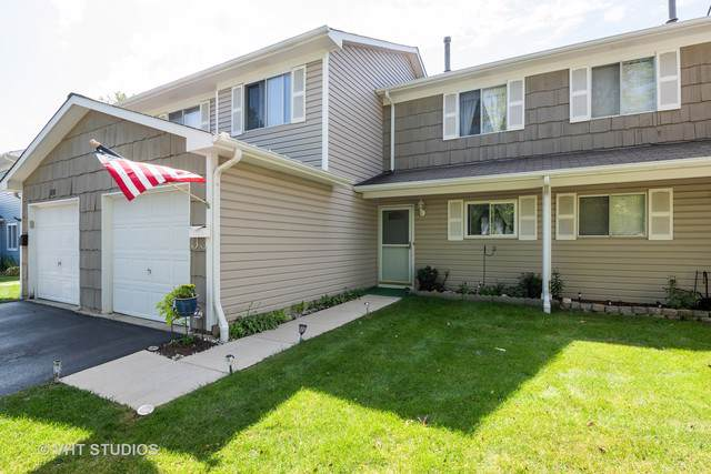 502 Dakota Court, Carol Stream, IL 60188 (MLS #10494594) :: The Mattz Mega Group