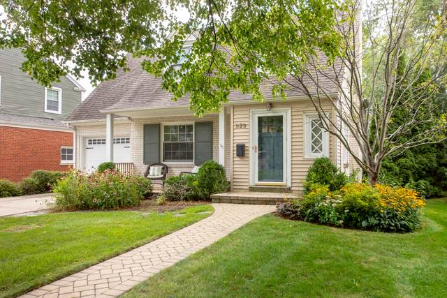 929 St James Place, Park Ridge, IL 60068 (MLS #10494708) :: The Wexler Group at Keller Williams Preferred Realty