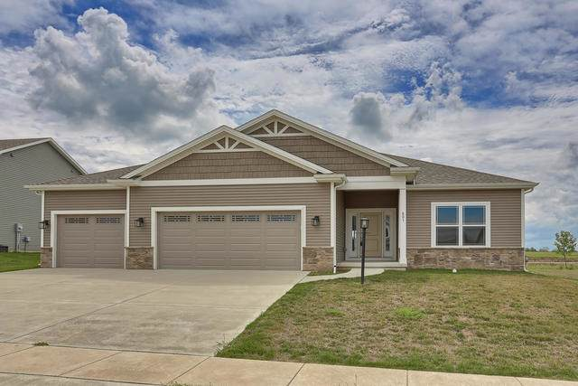 601 E Country Ridge Drive, Mahomet, IL 61853 (MLS #10494749) :: Berkshire Hathaway HomeServices Snyder Real Estate