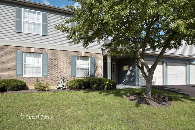 1022 Berkshire Court A, Elgin, IL 60120 (MLS #10494880) :: Berkshire Hathaway HomeServices Snyder Real Estate