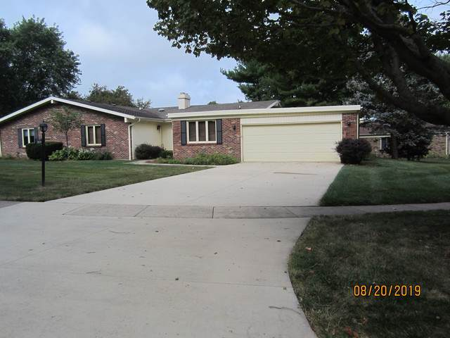 3809 Fields South Court #3809, Champaign, IL 61822 (MLS #10495273) :: Berkshire Hathaway HomeServices Snyder Real Estate