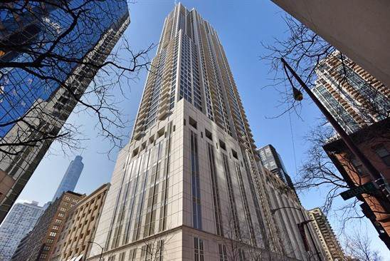 55 E Erie Street #4705, Chicago, IL 60611 (MLS #10495324) :: Berkshire Hathaway HomeServices Snyder Real Estate
