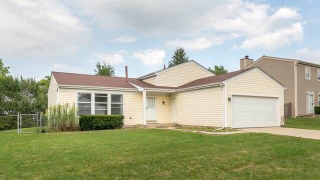 2116 Briar Hill Drive, Schaumburg, IL 60194 (MLS #10495385) :: John Lyons Real Estate