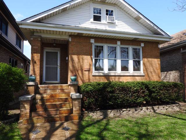 6130 W Newport Avenue, Chicago, IL 60634 (MLS #10495646) :: John Lyons Real Estate