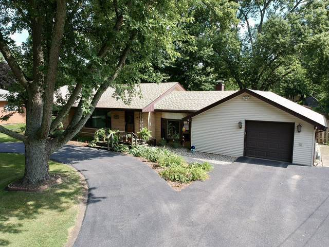 11 Lawrence Drive, Kankakee, IL 60901 (MLS #10495722) :: Berkshire Hathaway HomeServices Snyder Real Estate