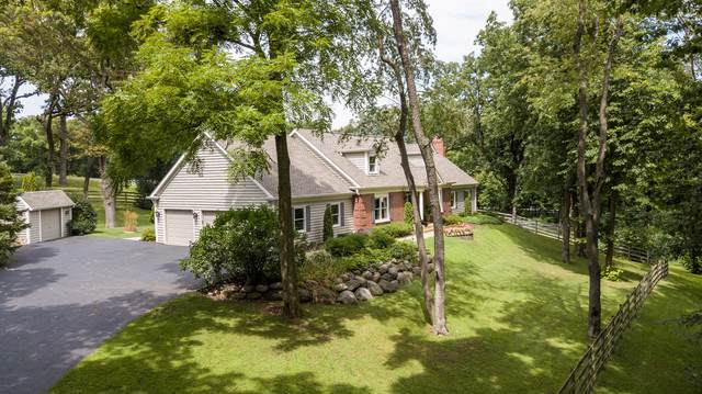 160J Bateman Road, Barrington Hills, IL 60010 (MLS #10495744) :: Ani Real Estate