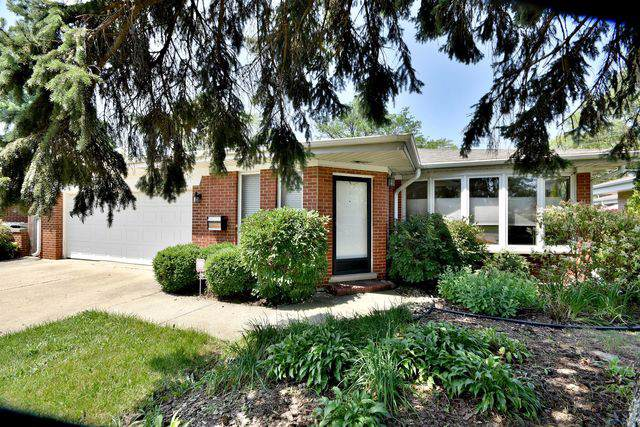 1718 Oakton Street, Park Ridge, IL 60068 (MLS #10495903) :: Angela Walker Homes Real Estate Group