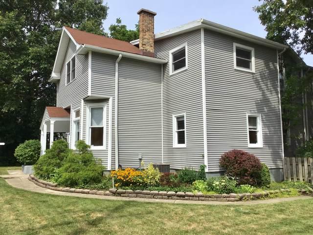 122 Prairie Avenue, Highwood, IL 60040 (MLS #10495911) :: Helen Oliveri Real Estate