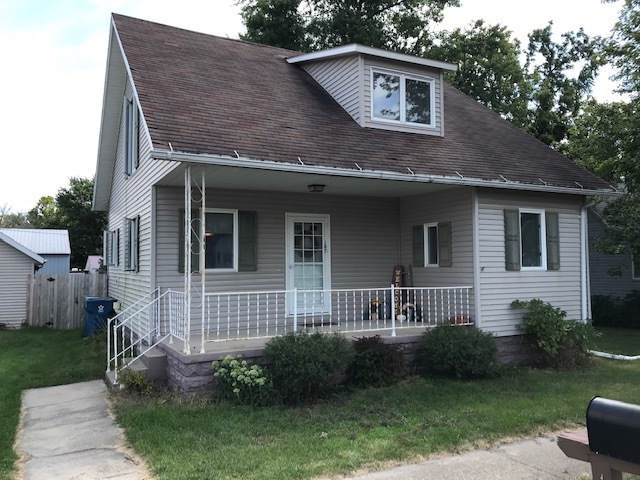 107 S Main Street, Arrowsmith, IL 61722 (MLS #10495943) :: The Perotti Group | Compass Real Estate