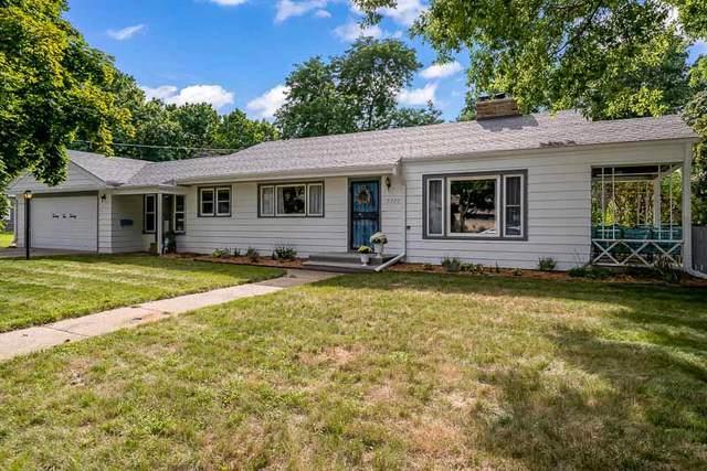 2220 N Winnebago Street, Rockford, IL 61103 (MLS #10496261) :: Angela Walker Homes Real Estate Group