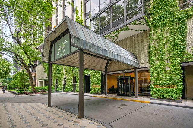 100 E Bellevue Place 6D, Chicago, IL 60611 (MLS #10496339) :: John Lyons Real Estate