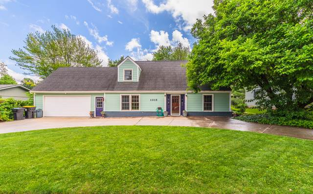 1015 Barton Drive, Normal, IL 61761 (MLS #10496356) :: Janet Jurich Realty Group