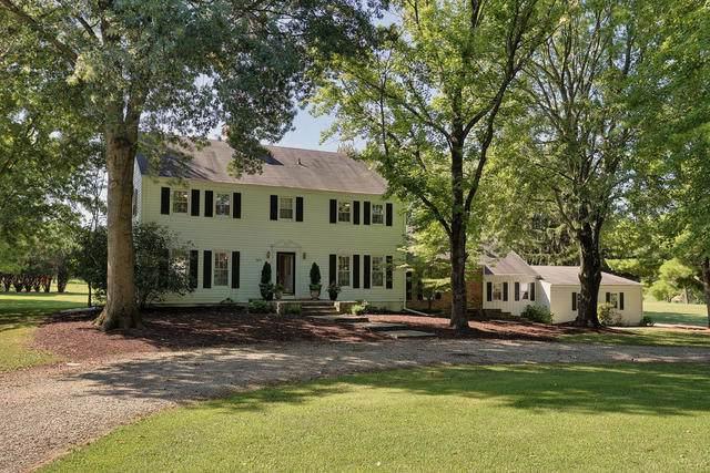 1811 Golf Drive, Mahomet, IL 61853 (MLS #10496757) :: Ryan Dallas Real Estate