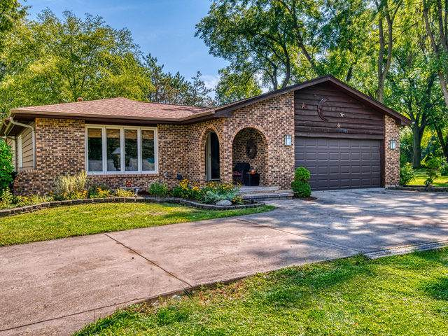 7S407 Dugan Road, Sugar Grove, IL 60554 (MLS #10497074) :: Baz Realty Network | Keller Williams Elite