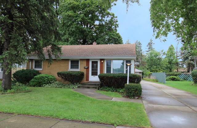2484 Rusty Drive, Des Plaines, IL 60018 (MLS #10497732) :: Property Consultants Realty