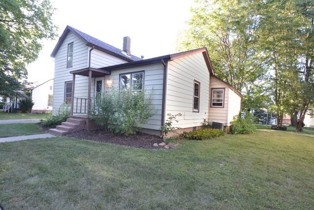 121 E James Street, Forrest, IL 61741 (MLS #10499495) :: Angela Walker Homes Real Estate Group