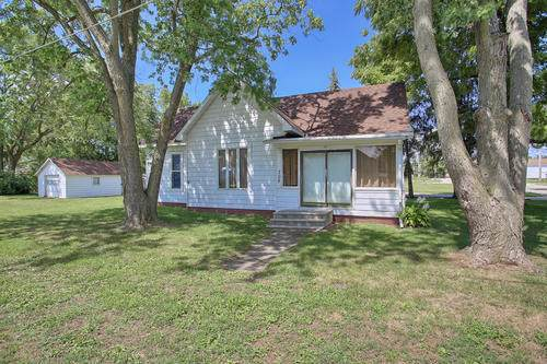 708 E Wilson Street, Tuscola, IL 61953 (MLS #10499617) :: Littlefield Group