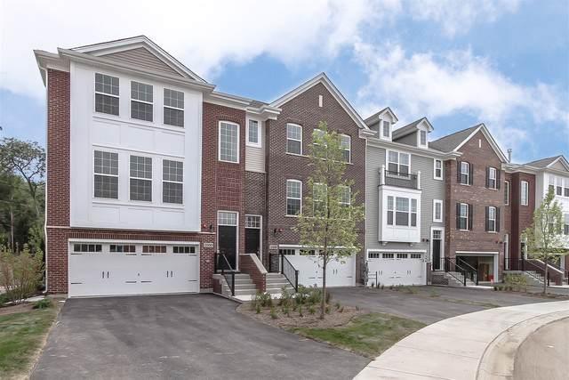 2532 Huntleigh #5.05 Lane, Woodridge, IL 60517 (MLS #10500704) :: Angela Walker Homes Real Estate Group