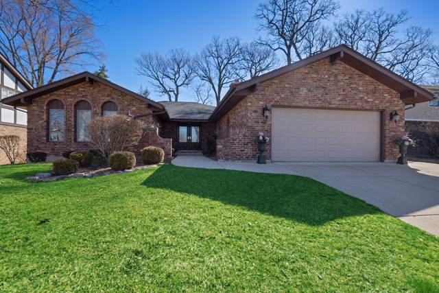 3811 Candlewood Court, Downers Grove, IL 60515 (MLS #10502683) :: Lewke Partners