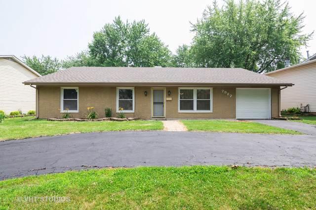 7927 Sherwood Circle, Hanover Park, IL 60133 (MLS #10503942) :: Ani Real Estate